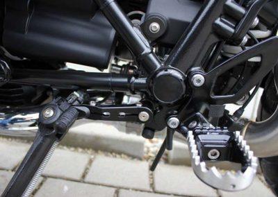 BMW R nine T Scrambler Umbau – Schalthebel